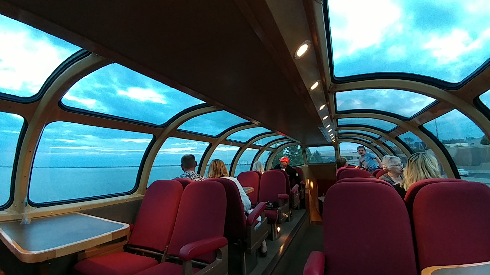 Dome Car / First Class